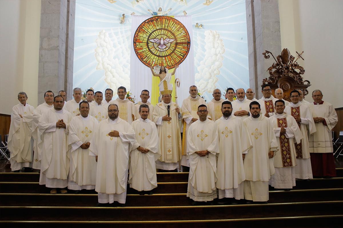 Por primera vez 4 hombres casados son ordenados Diáconos Permanentes en la Diócesis de Tepic