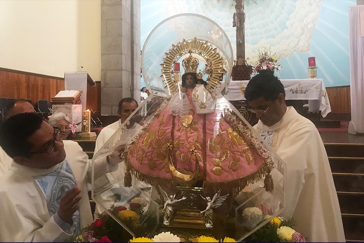 Inicia Visita de la Virgen Peregrina de Talpa en la Catedral de Tepic